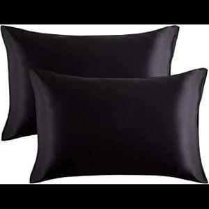 Black Satin Pillowcases - King Size